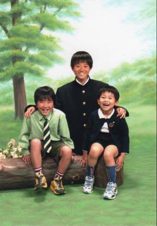 菅田将暉の中学1年生頃の貴重な3兄弟ショット公開!