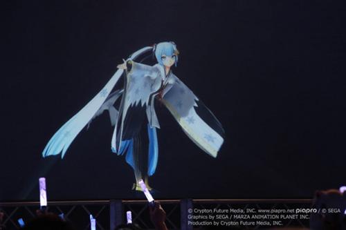 初音ミク、雪ミク衣装で盛り上がった札幌公演がオンエア