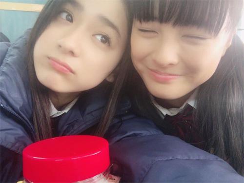 """平祐奈&大友花恋""""密着2ショット""""に「ゆうかれ最高」"""