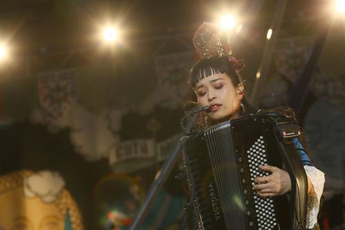 「逃げ恥」OP曲で人気のチャランポ、初の野音ライブ開催
