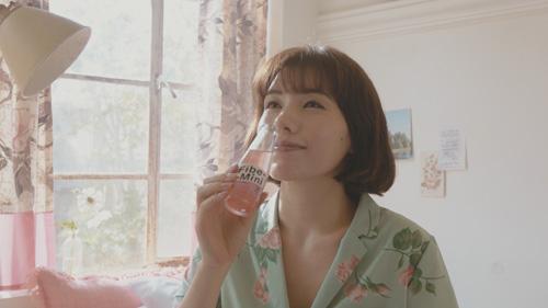 仲里依紗のトレーニング動画公開!挿入歌で歌声も披露!?