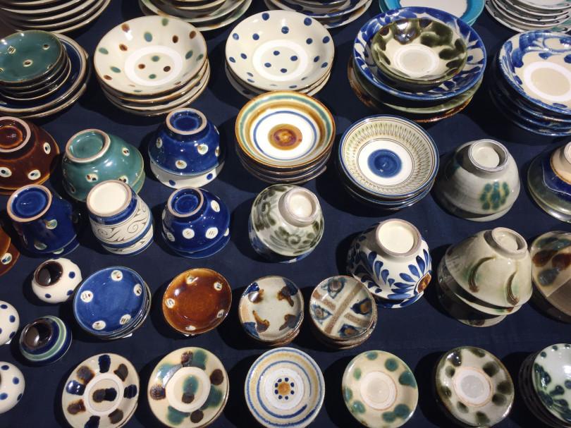 「沖縄の青を食卓に 民藝やちむん市」