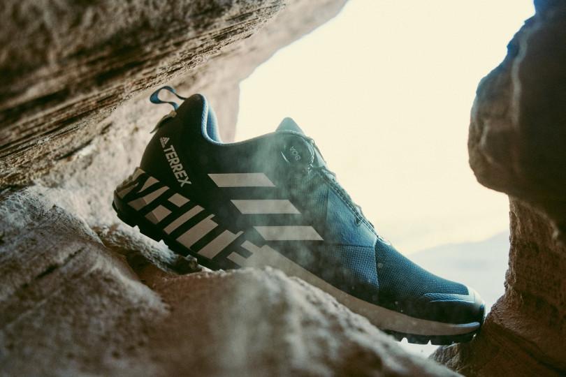 新コラボコレクション「adidas TERREX x White Mountaineering」から、「WM TERREX TWO BOA」が2色展開で登場