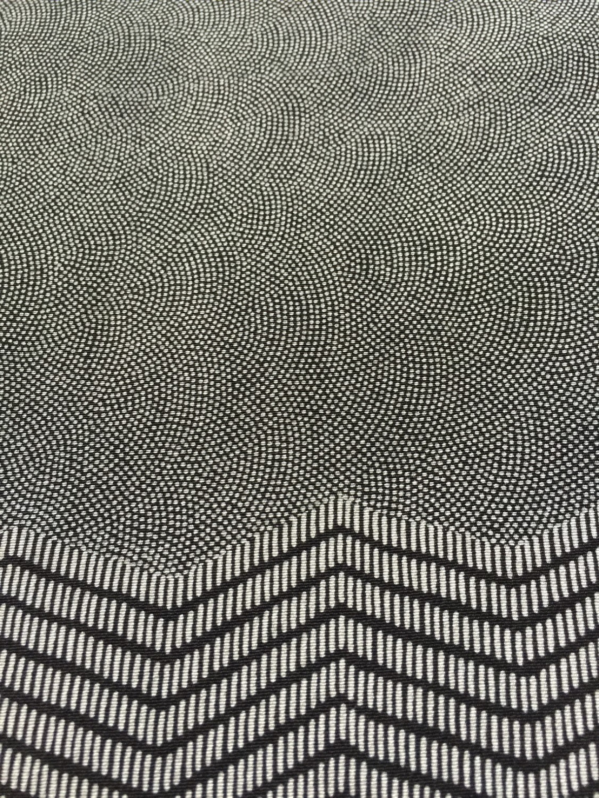 「亜空間として形成する伊勢型紙 江戸小紋の世界」、EYE OF GYREで開催