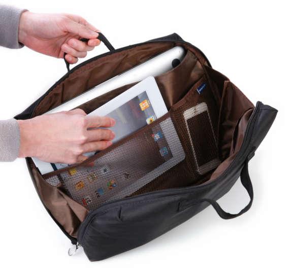 こんなに入ります!バッグインバッグでも使える収納ケース