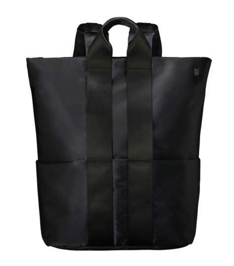 スタイル次第!機能的なバックパックとブリーフバッグ、どっちが好み?
