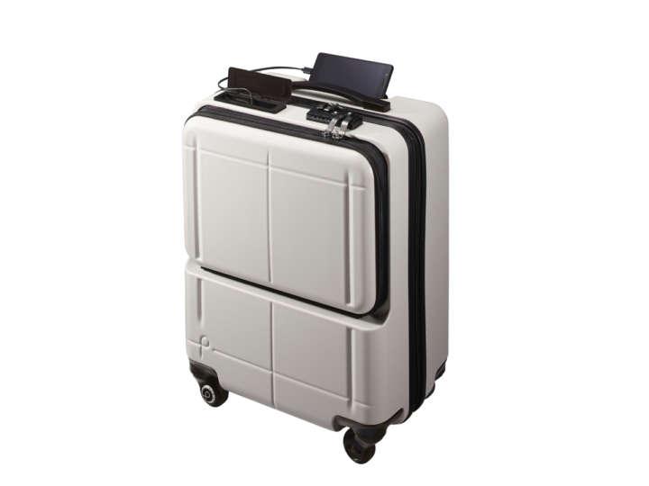スマートスーツケースなら追跡機能でロストの心配はありませんね