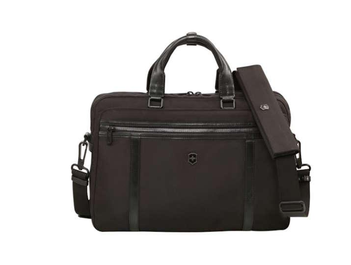 水にも汚れにも強いコーデュラナイロン製のスマートなビジネスバッグ