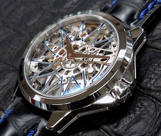 機械式時計の美しさを堪能するならスケルトンがいいよね