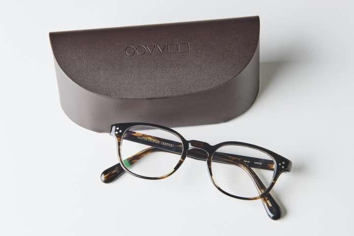 【知っておくべき】迷ったらスクエア型?大人のメガネ選びの重要ポイント