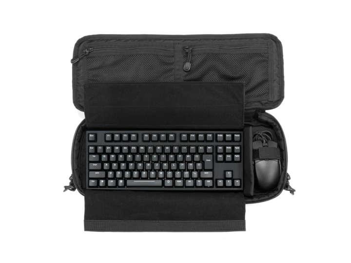 お気に入りをスポッ!PCキーボード専用バッグはガジェット好き必見