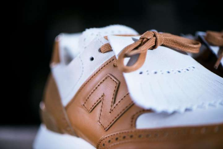 高級レザーとスエードのNB!もはやシューズというより高級革靴です