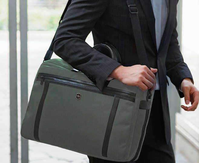 収納力バツグンのビジネスバッグなら、仕事も捗ること間違いなし!