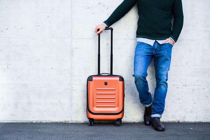 旅の季節に欲しくなる色彩豊かなトラベルギアが登場!