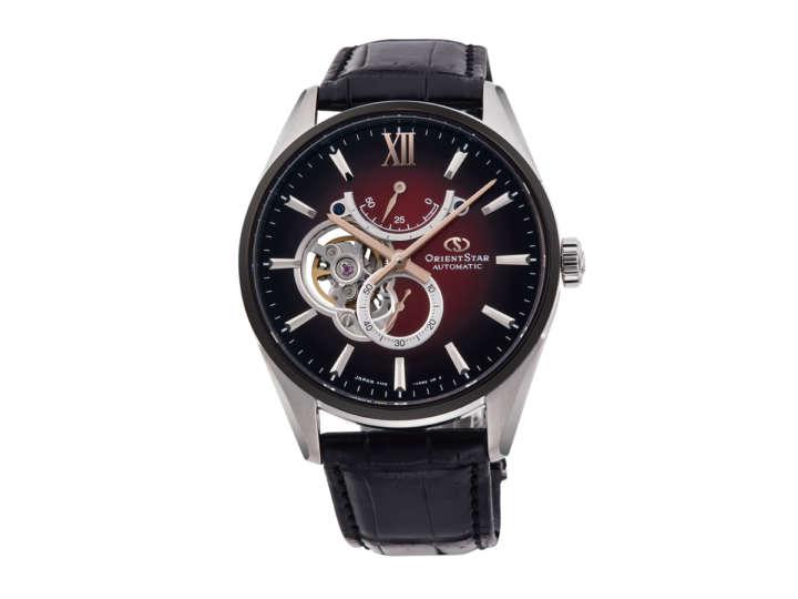 手元を飾る時計は、秋冬もやっぱりスケルトンがいい!