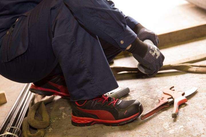 """耐久性、クッション性が進化したPUMAの""""安全靴"""""""