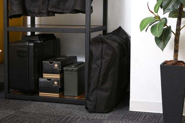 畳めば厚さ13cmに!バックパックにもなる畳めるスーツケースって便利です