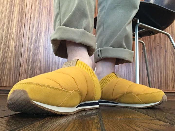カカト踏んでもOKなTeva「エンバー モック 2」はふわふわな履き心地!