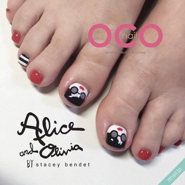 ガーリーモードを楽しむ!alice + olivia(アリス アンド オリビア)ネイル
