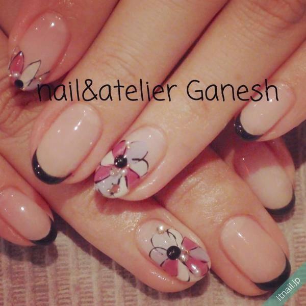 指先に咲く大輪の花♡ビッグフラワーネイルのデザインをチェック