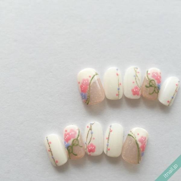 """梅の花ネイルにほっこり。普段着でも使える""""和""""なデザイン"""
