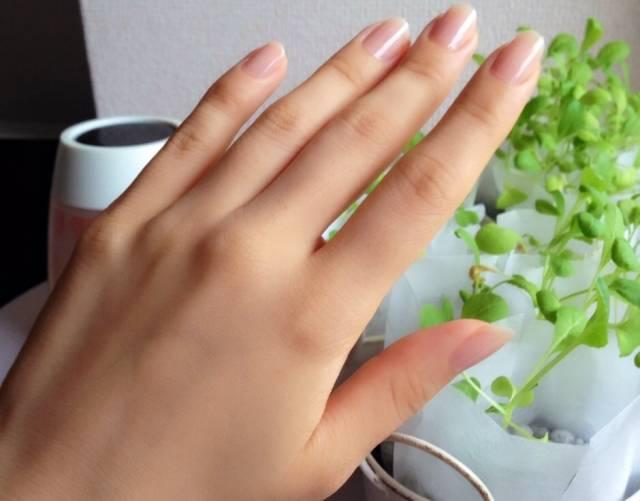 【ツヤ爪の作り方】カラーを塗ってなくても綺麗なネイルになろう!