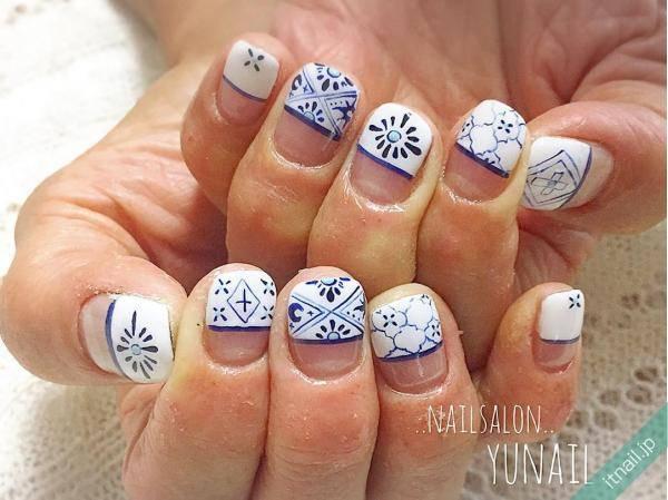 春夏ネイルにも◎「紺×白」で作る「陶器ネイル」で脱マンネリ♪