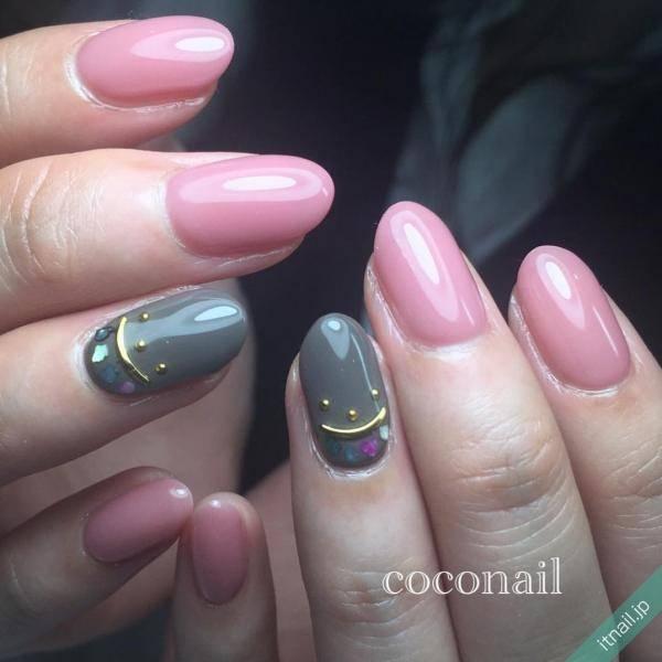 お洒落で女性らしく!グレー×ピンクのネイルデザイン特集