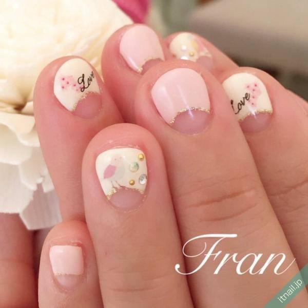 短い爪だからこそ可愛い♡チビ爪ネイルが大人気!