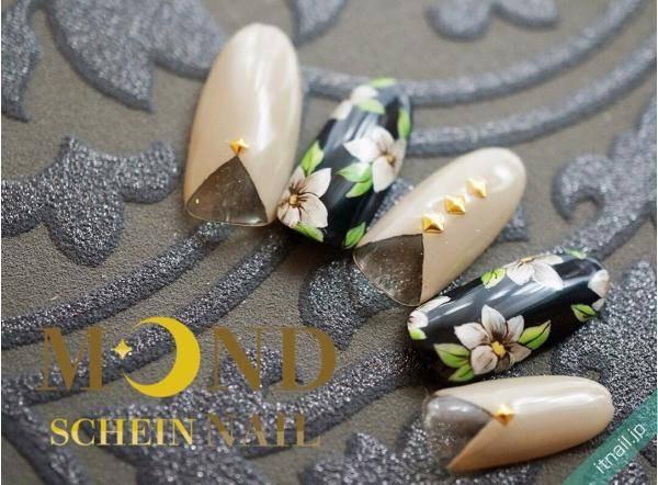 旬なカラーリングで作る♪「観葉植物ネイル」で癒しの指先♪
