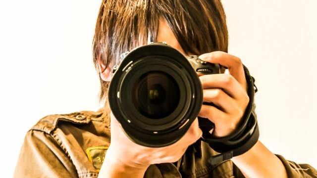 SNSにアップする素敵なネイル写真を撮る方法を徹底調査!これで貴方もカメラマン♪