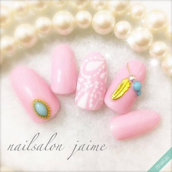 ピンクネイルにターコイズをのせたら、想像以上に可愛かった♡