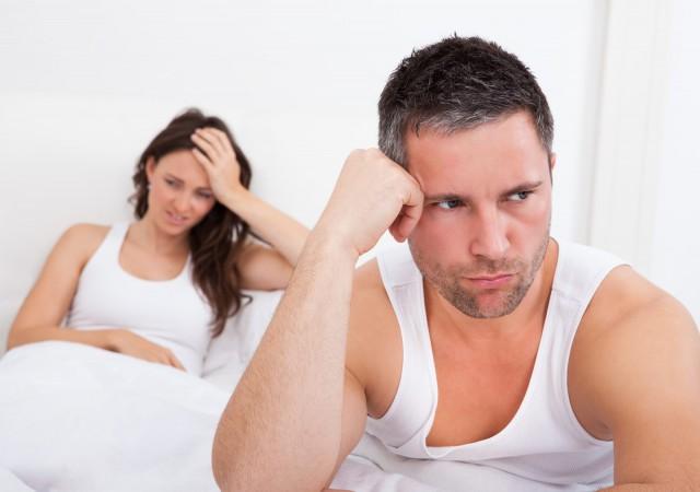 ゲッ、これって「塩対応」だった!?40代独女がベッドでやらかしたイタい演出とは