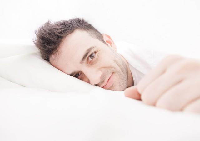 アラサー男子が40代独女を「もっとベッドに誘いたくなる」理由は?