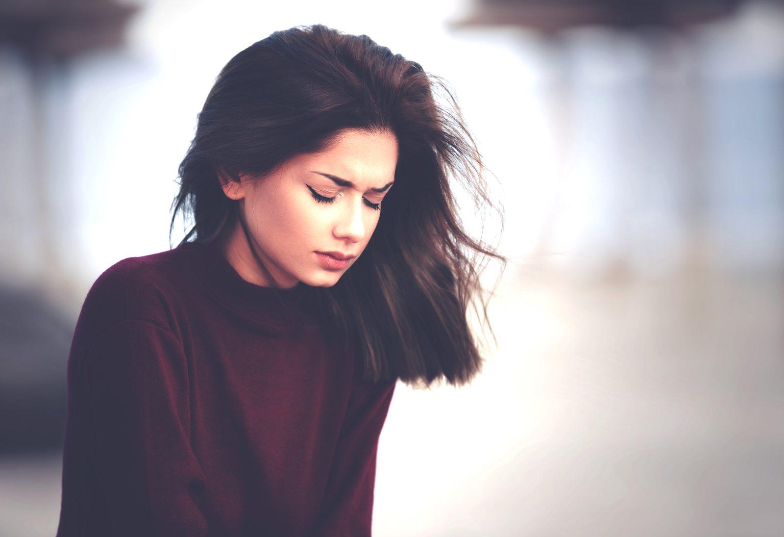 【不倫の清算5】「仮面妻」の孤独。40代女性がハマるニセの愛