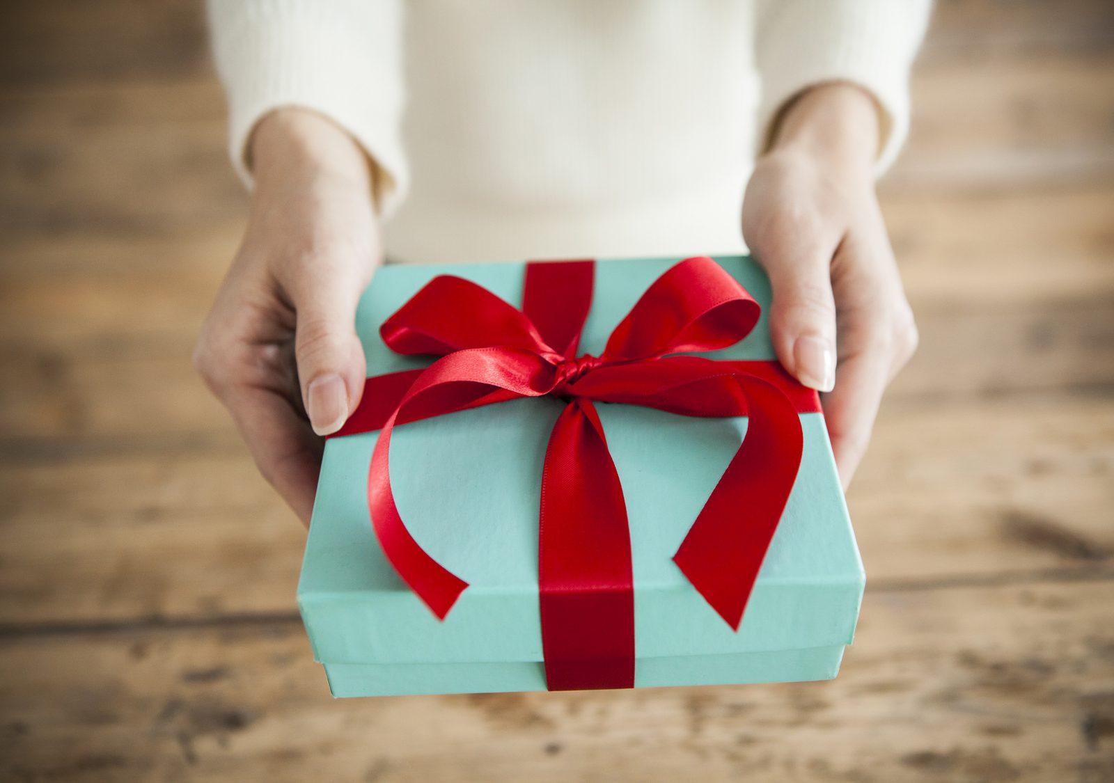 【プレゼント】SNSやメールで送れる「スマート手土産」はいかが?