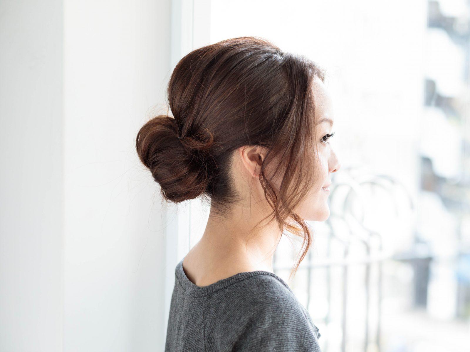 ひと手間で「オバ髪」解消! 40代のヘアアレンジ4選