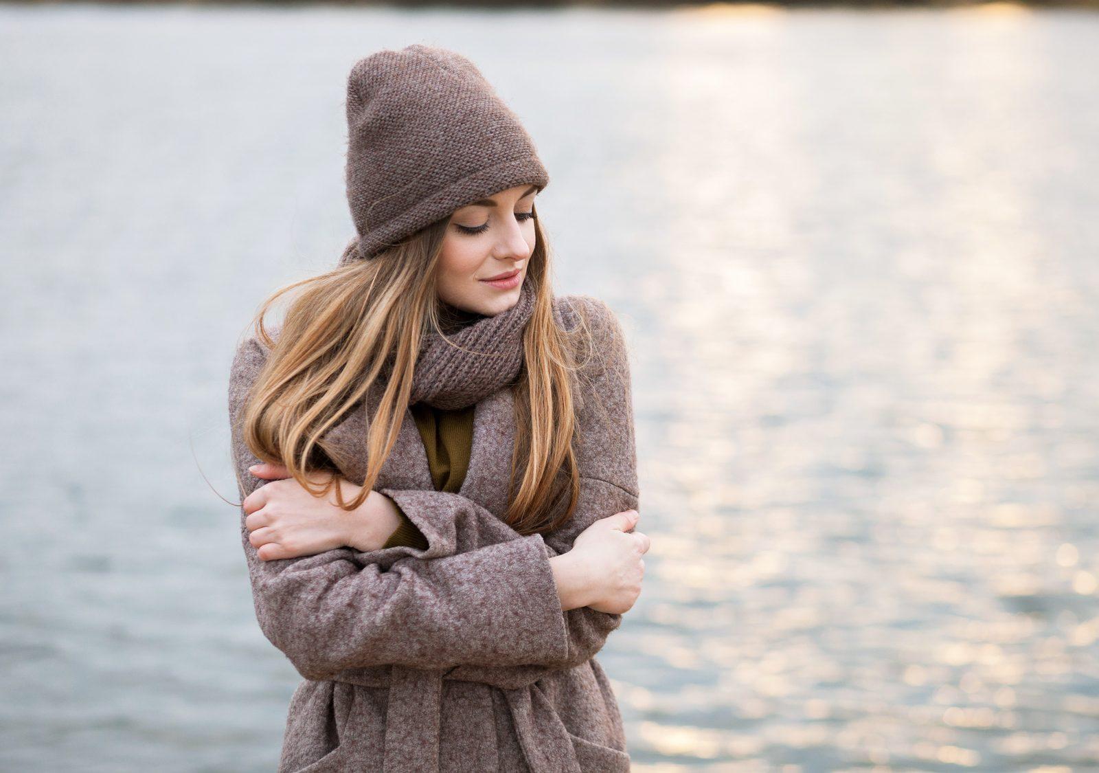 極寒の真冬も薄着でOK!モンベルのメリノウールインナーが暖かすぎる