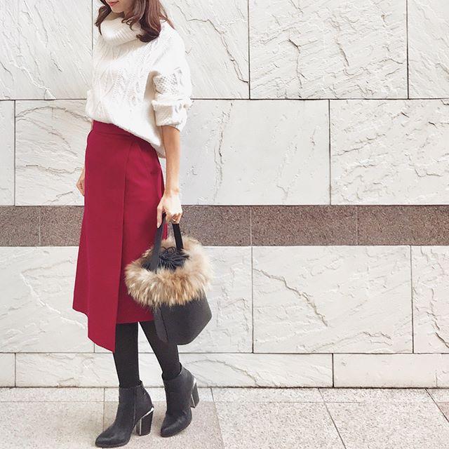 甘ぶりっこ化しない大人のレッドスカート【40代の毎日コーデ】