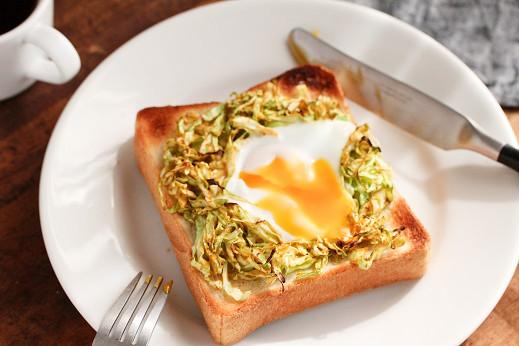 春を先どり♪とろ~り巣ごもり卵トースト