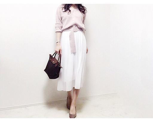 春のお出かけが楽しくなるユニクロシフォンスカート【40代の毎日コーデ】