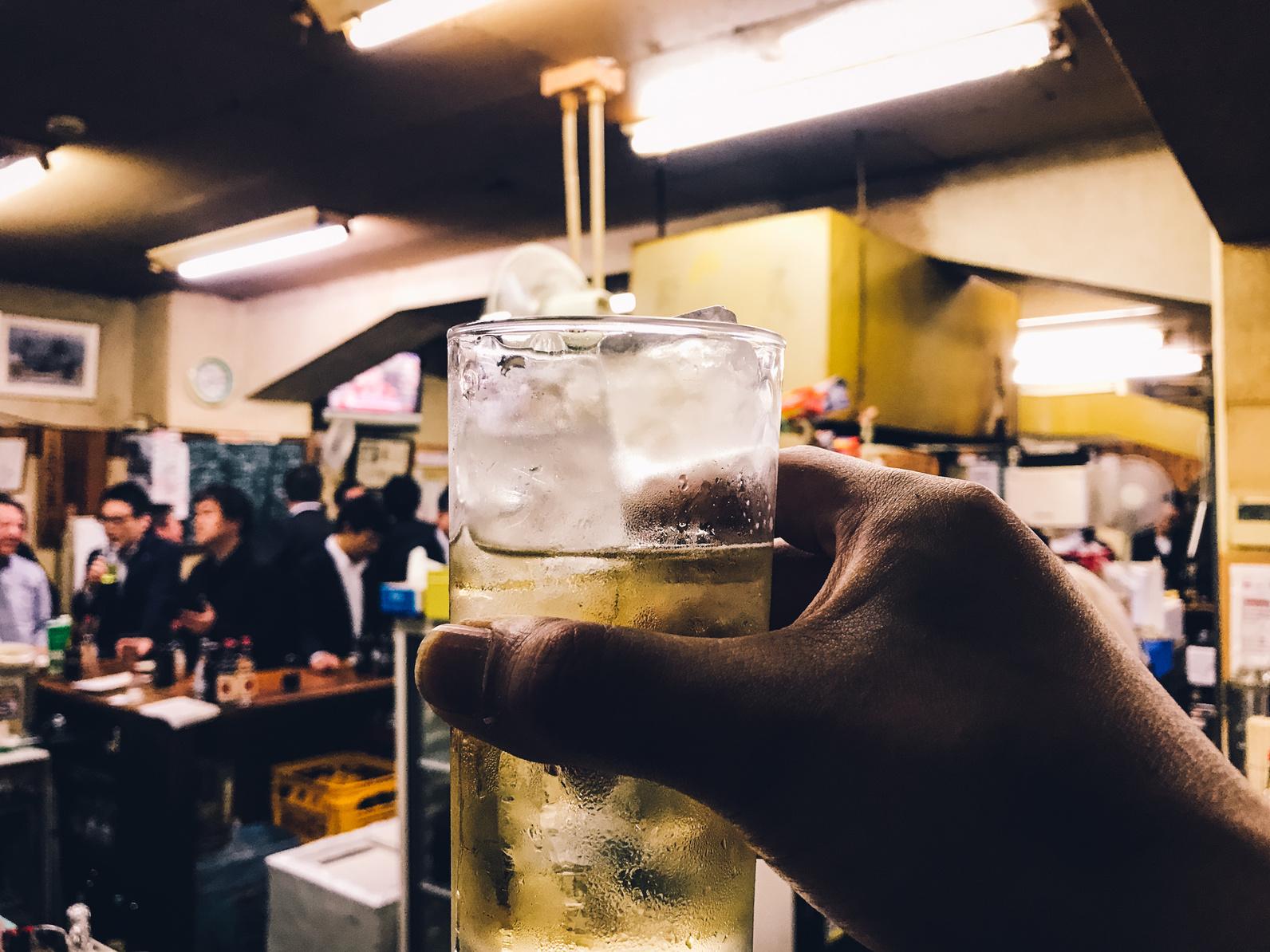 一人飲みの40代独女が「天国のようにモテた場所」それは♯1