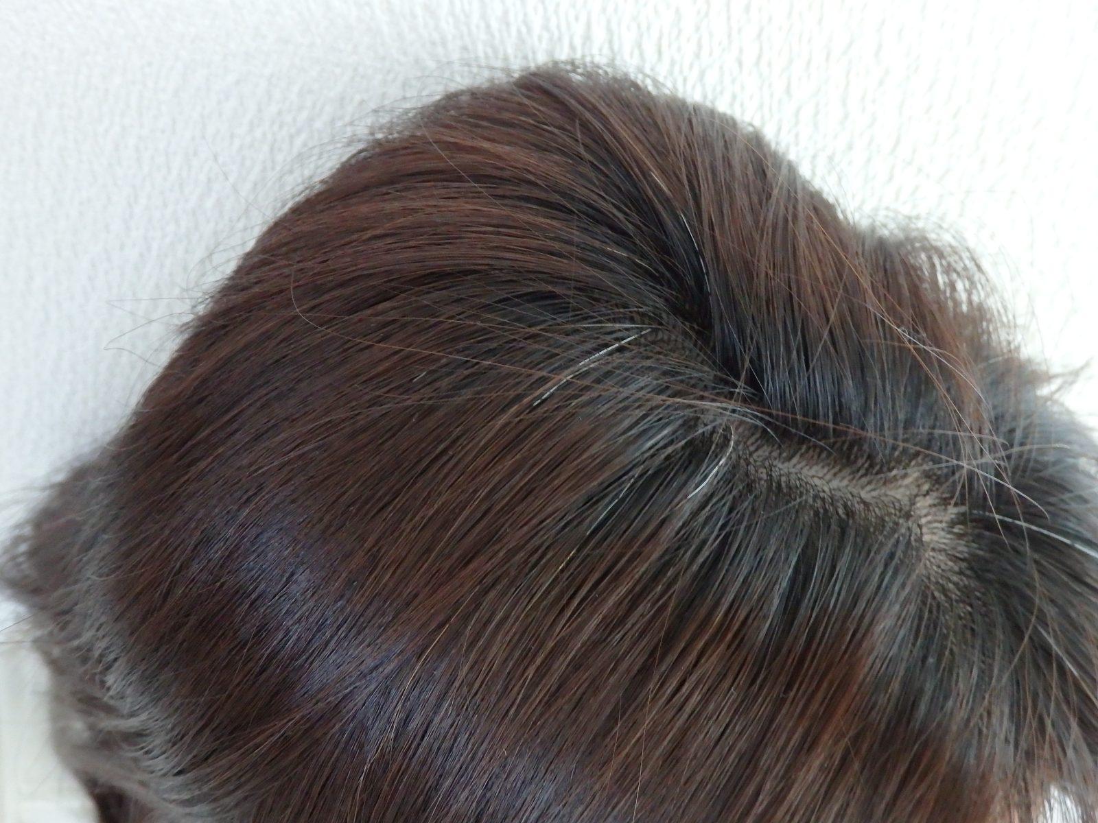 白髪が簡単に隠せた!おすすめヘアファンデーション3品&失敗しない使い方5点