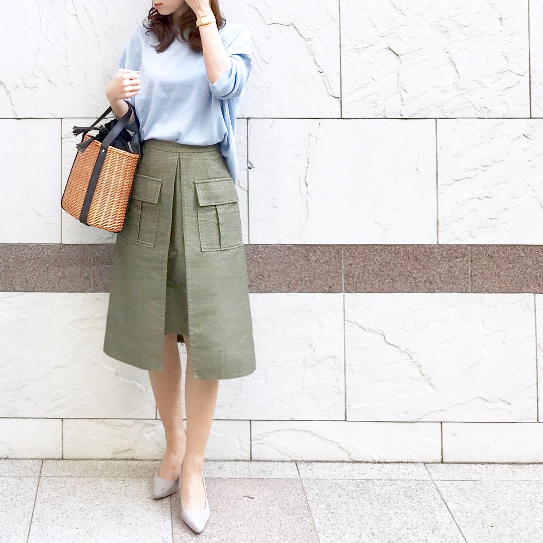 40代が選びたいハリ感重視のオフィススカート【40代の毎日コーデ】