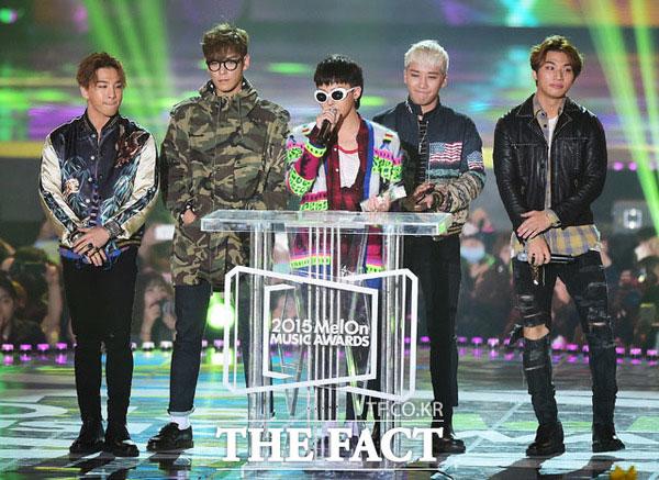 人気グループBIGBANGが1年間で47億円を超える収入を稼ぎ出した。