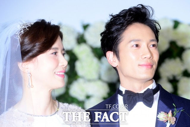 夫婦のチソンとイ・ボヨンが子供のために1億ウォンを寄付した。