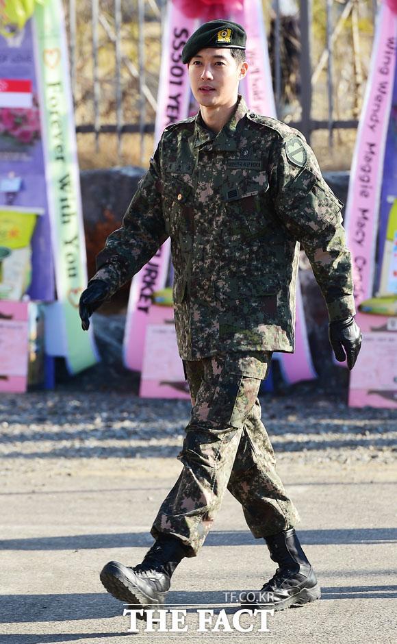 飲酒運転で摘発された歌手で俳優のキム・ヒョンジュンが略式起訴された。