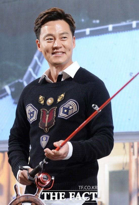 """俳優のイ・ソジンが韓国芸能界で最も""""脳がセクシー""""な男に選ばれた。"""