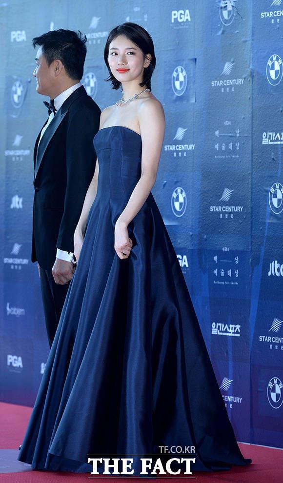 miss Aのスジが3日午後、ソウル・江南区で開かれた「第53回百想芸術大賞」に参加した。