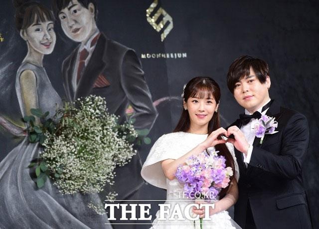 CRAYON POP ソユルとムン・ヒジュン夫婦が妊娠を発表した。|THE FACT DB